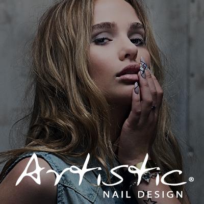 Artistic_Nail_Design
